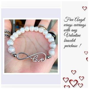 Fresh water pearl infinity love bracelet + gift